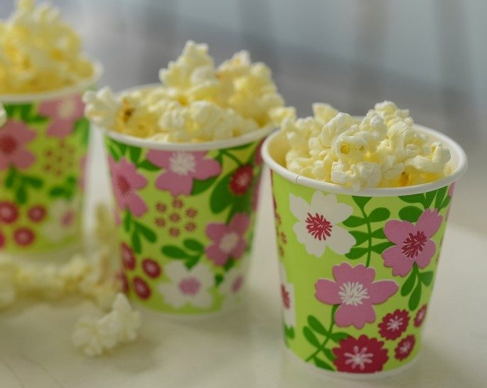 One Hotel in London will park Popcorn truck with various flavours outside their Hotel Lobby for Guests to enjoy.